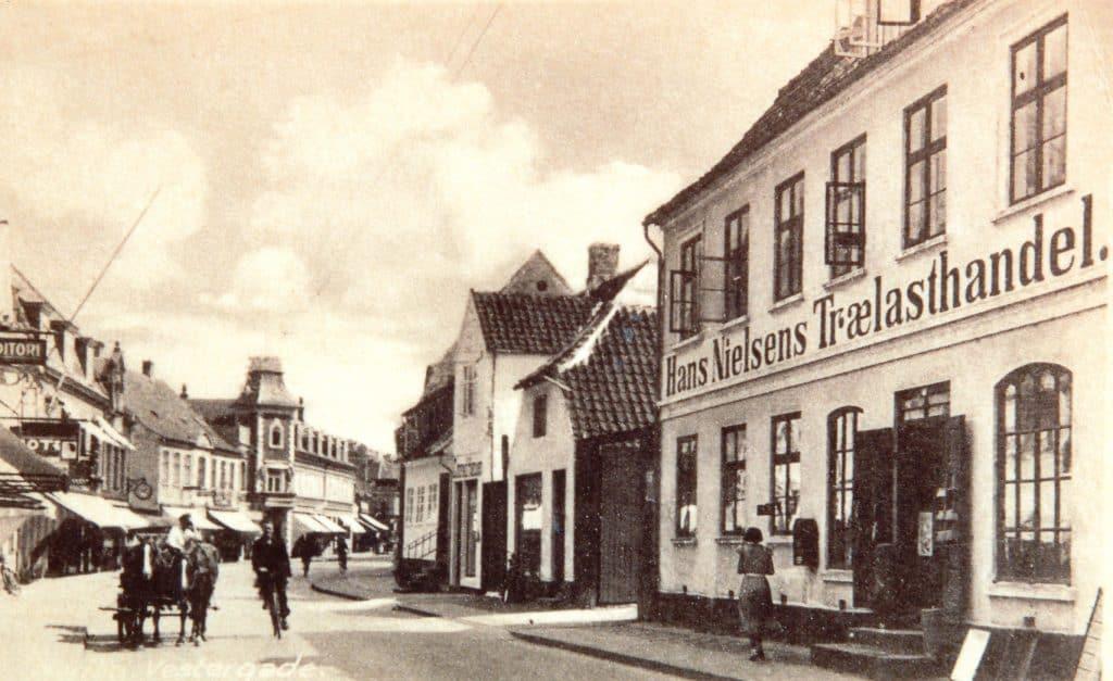 Hans Nielsen Trælasthandel, Vestergade